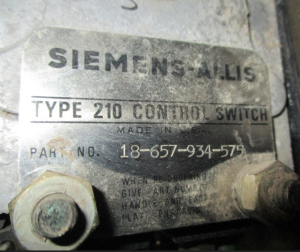Siemens Type 210 CloseTrip Control Switch Cat 18-657-934-575 np